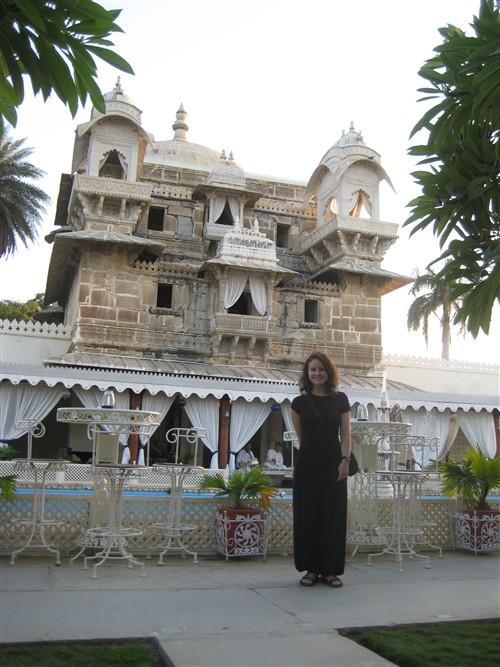 168 Palace on Jagmandir Island.jpg