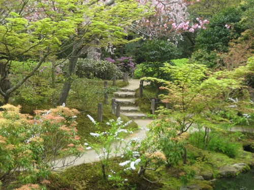 094 Issui-en gardens.jpg