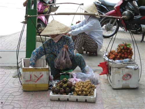 017 Fruit vendor.jpg