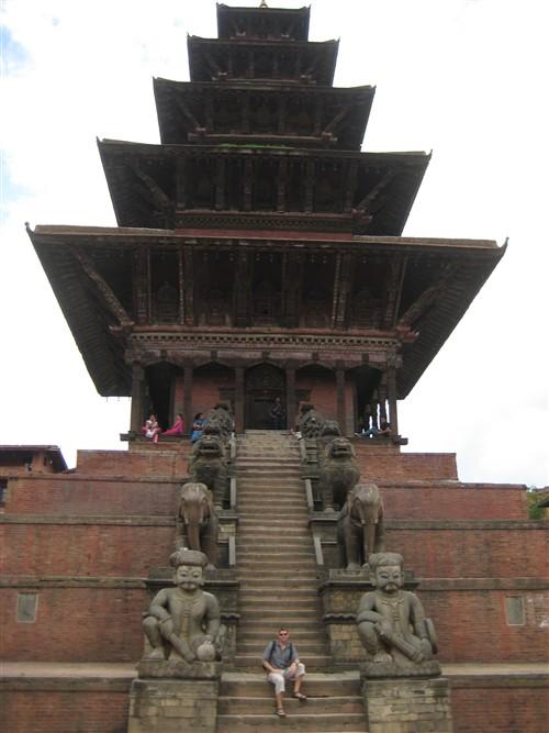111 Bhaktapur - Nyatapola Temple.jpg