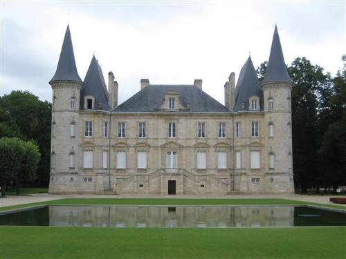 235 Chateau Pichon-Longueville in Bordeaux.jpg