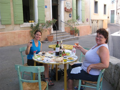 337 Picnic dinner at Hotel Le Cloitre.jpg