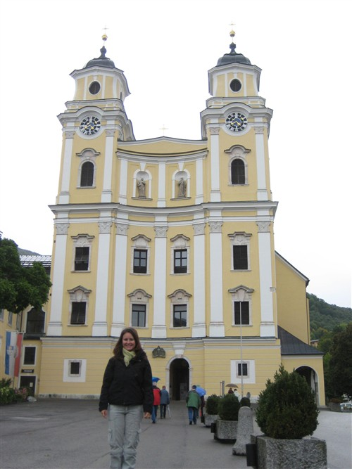 19 The wedding church in Mondsee.jpg