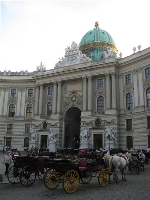 36 Alte Hofburg.jpg