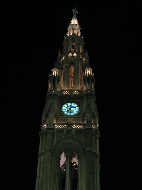 51 Rathaus at night.jpg