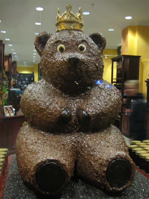 140 Giant chocolate bear.jpg