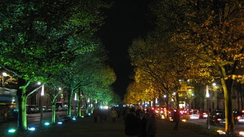 148 Unter den Linden at night.jpg